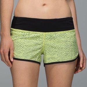 Lululemon Speed Shorts Dottie Dash Black Size 8